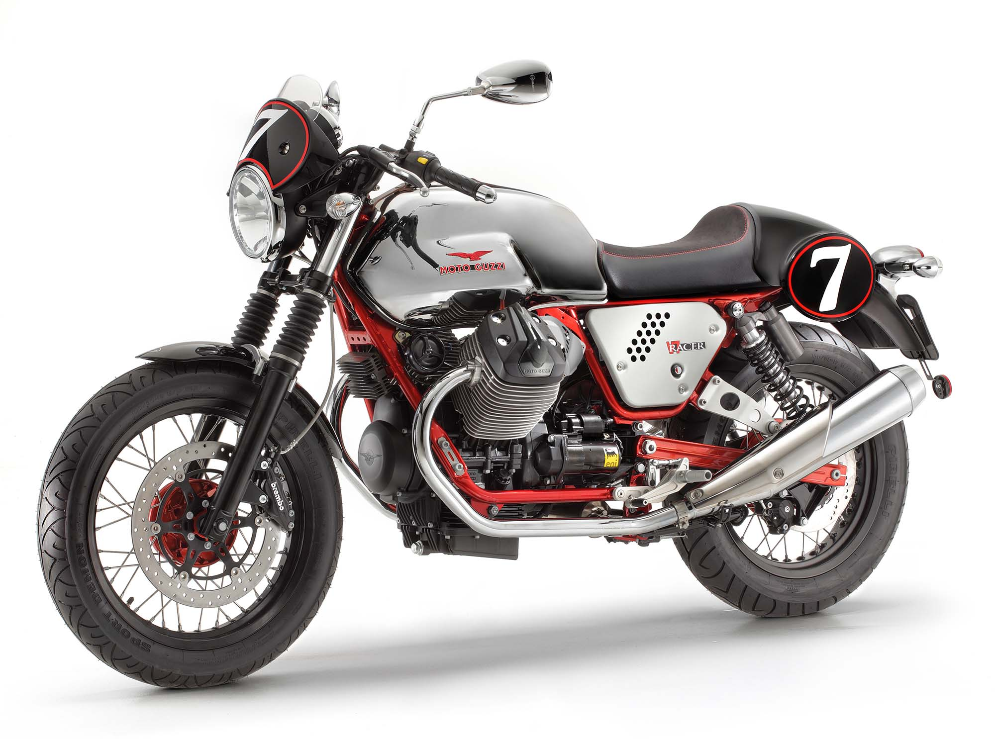 Moto Guzzi V7 stone motorcycle showcase at AUTO EXPO 2014 – INDIA ON ...