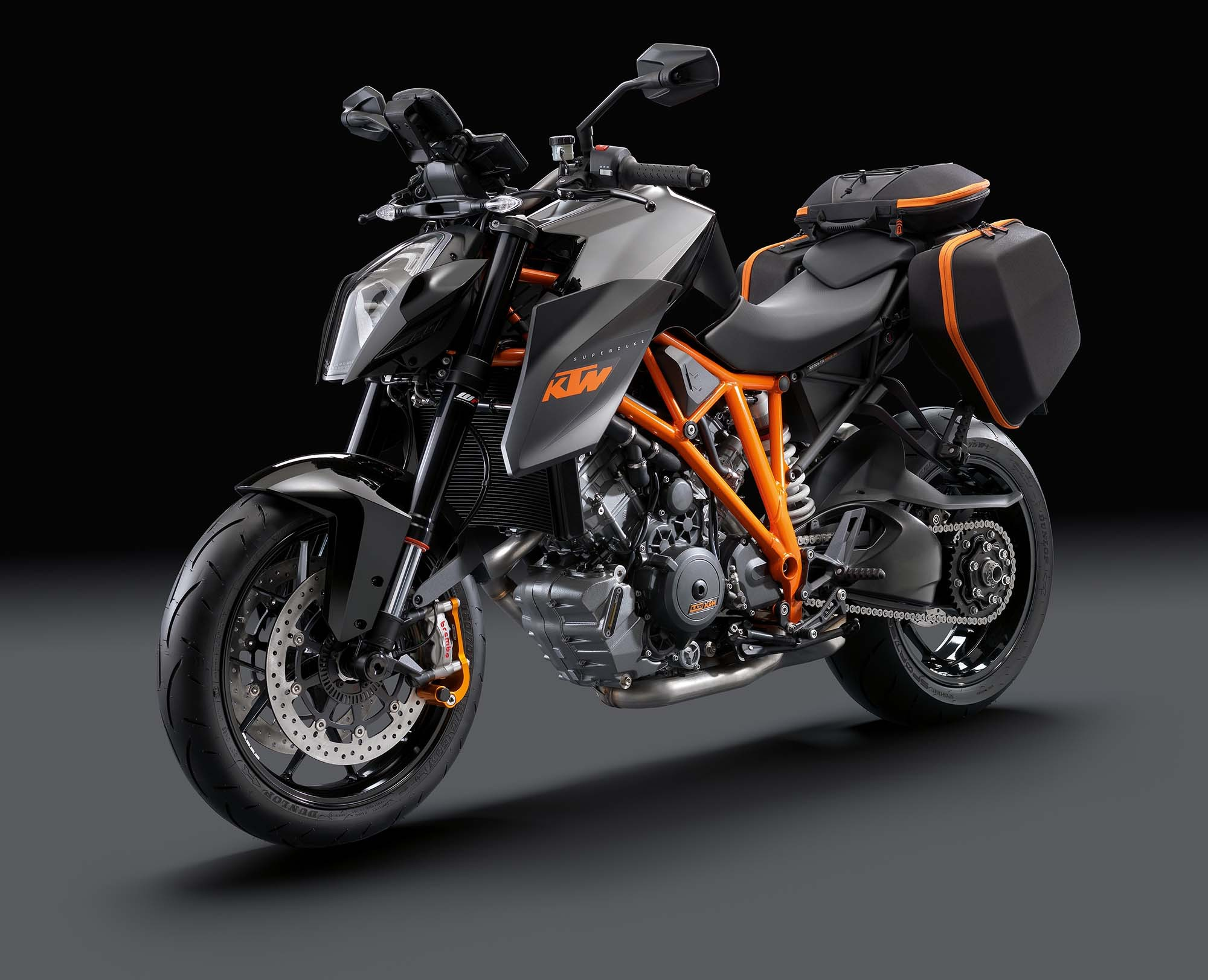 ktm 1290 super duke r abs 2014 unleash the beast india on roads. Black Bedroom Furniture Sets. Home Design Ideas