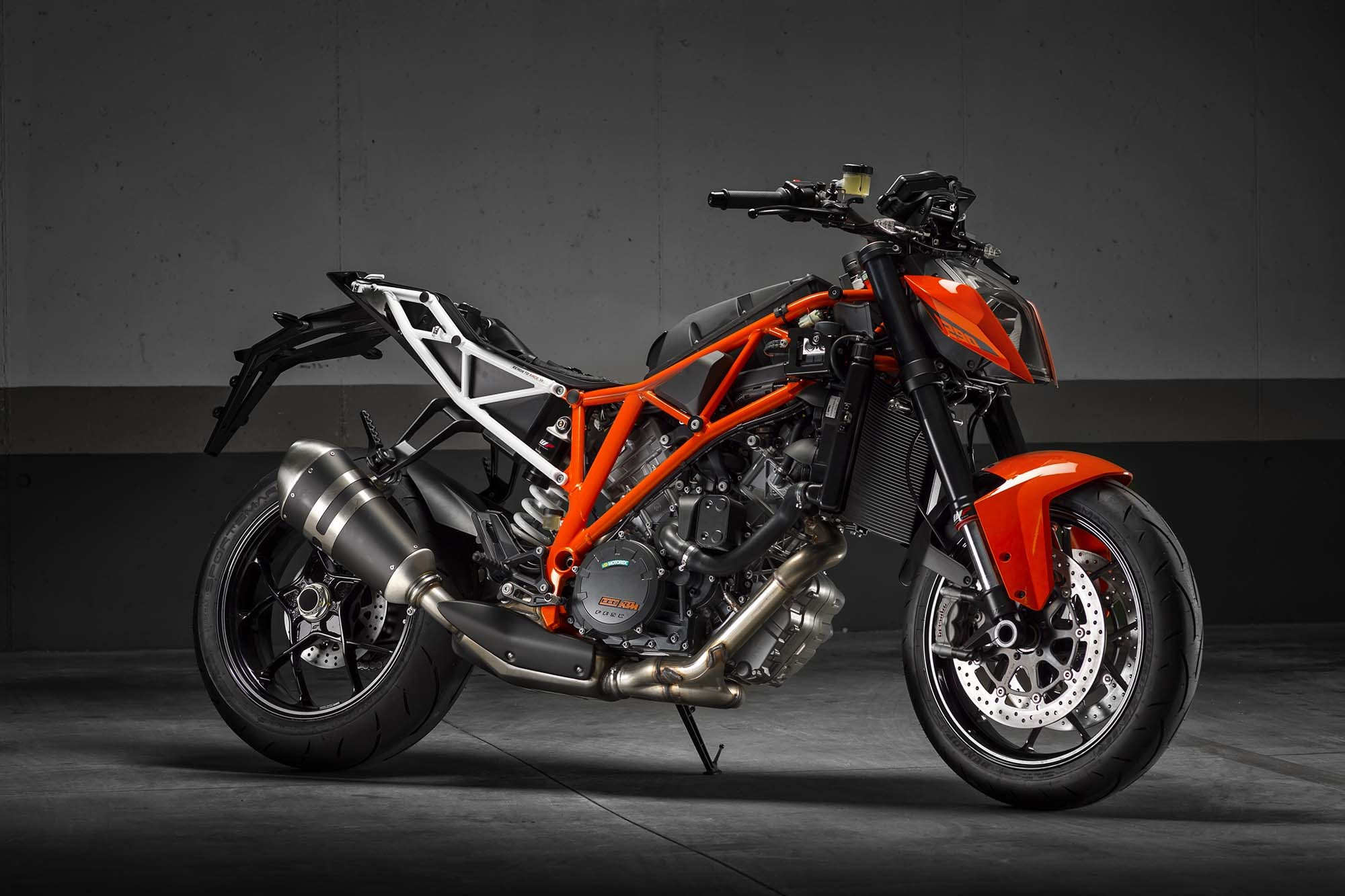 ktm 1290 super duke r abs 2014 unleash the beast india