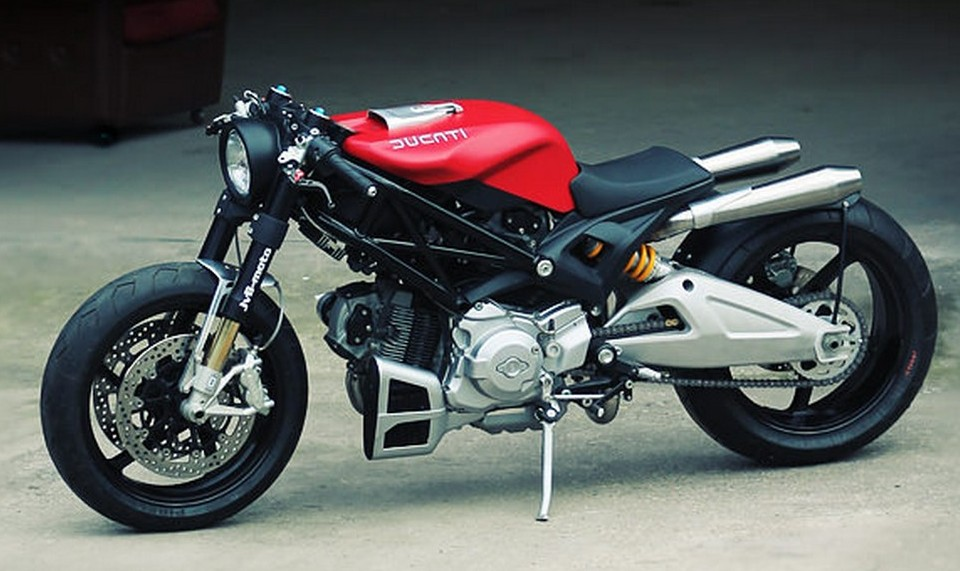 ducati monster 1100 custom bike from jvb moto india on roads. Black Bedroom Furniture Sets. Home Design Ideas