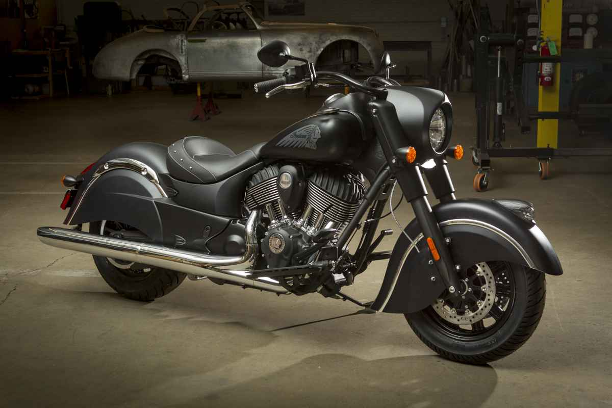 2016 Indian Chief Dark Horse First Look Officially